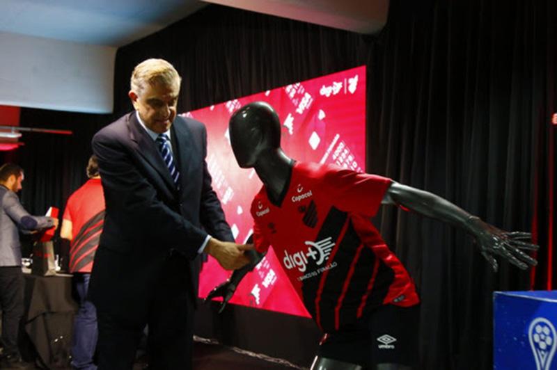 No aniversário de 95 anos, Athletico anuncia banco como patrocinador master
