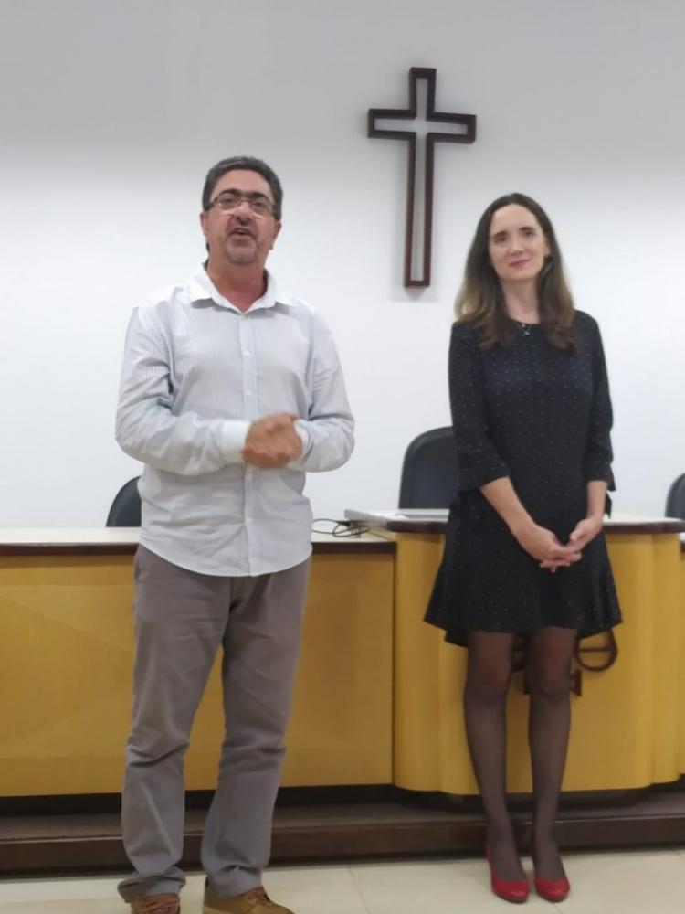 Cerimônia de liberação dos recursos contou com a presenca do prefeito Haggi Neto e da juíza Tatiana Hildebrandt de Almeida: Foto - Graça Maria