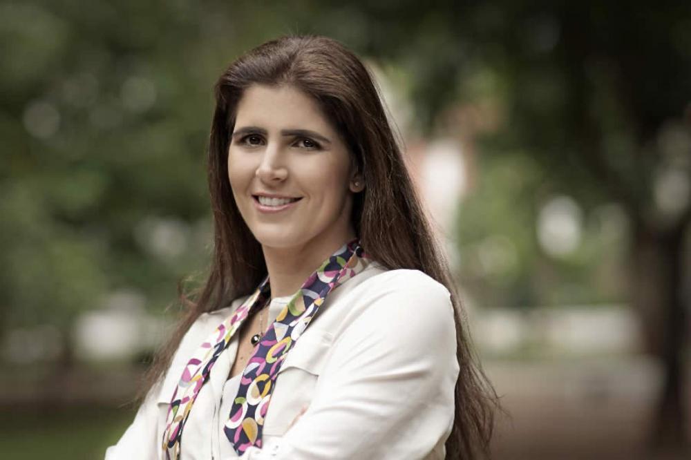 Sheynna Hakim Rossignol é Presidente do aplicativo Chama no Brasil, marketplace que conecta revendedores de botijões de gás a clientes lançada em dezembro de 2016