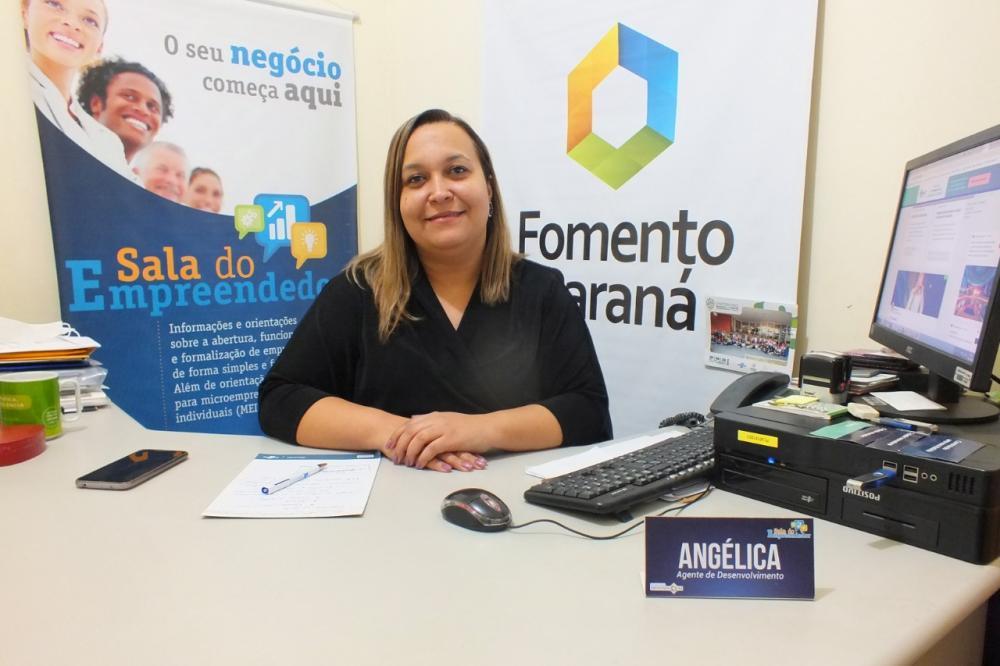 Angélica Moreira - Diretora do Departamento de Indústria e Comércio e Inovação de Cambará