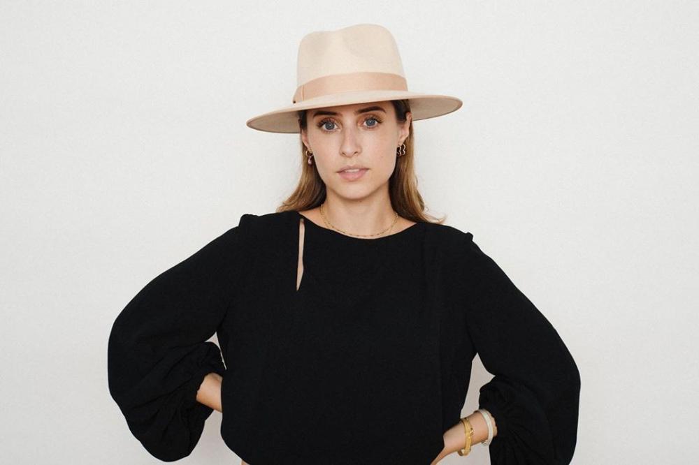Julia Alcântara é sócia de marcas de beleza, acessórios e de consultoria, todas do Grupo Orna