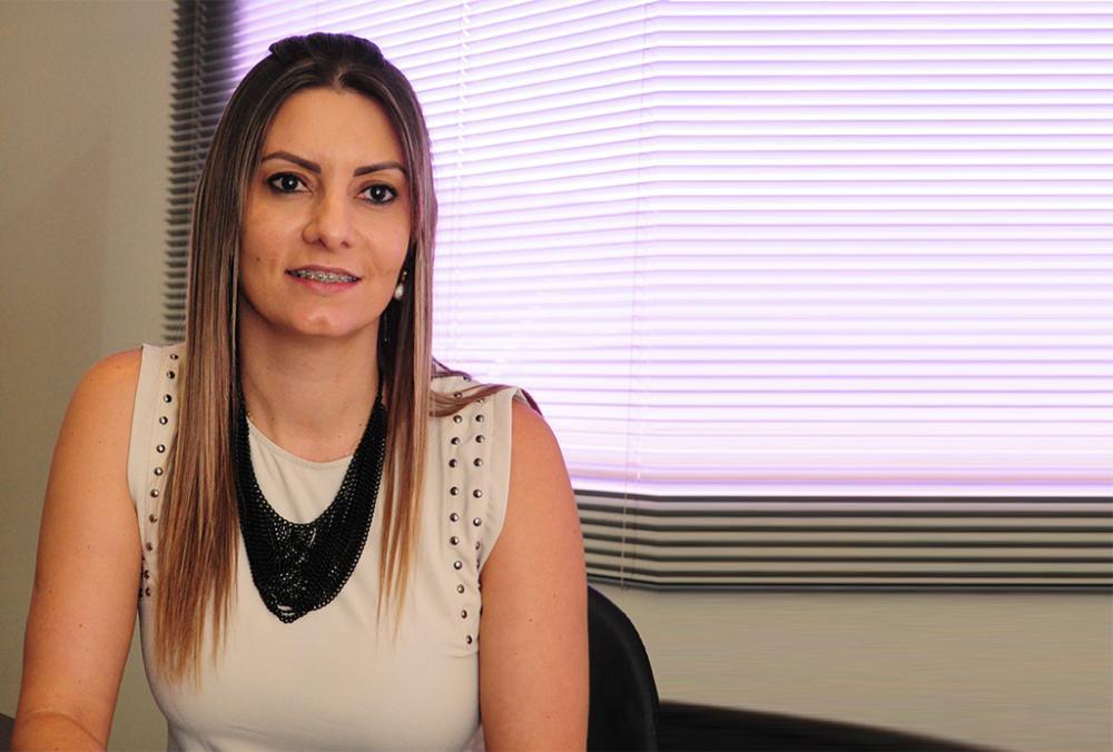 Lucimara Pavan é Gerente da agência do Sicoob de Cambará