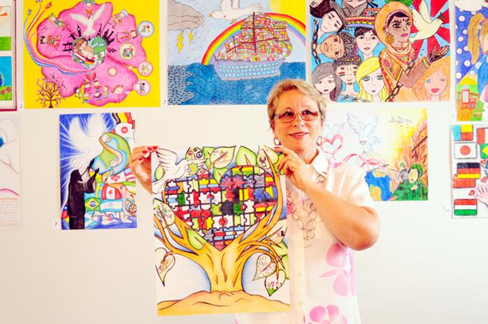 Estudante de Londrina vence etapa do concurso mundial do Cartaz Sobre A Paz