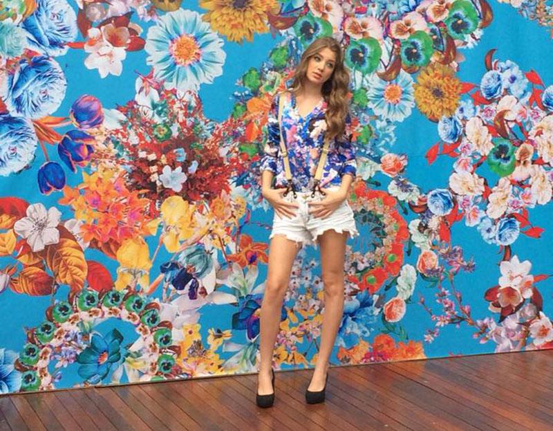 Ana Laura Scoparo Ferrari é um dos rostinhos cobiçados do mundo fashion