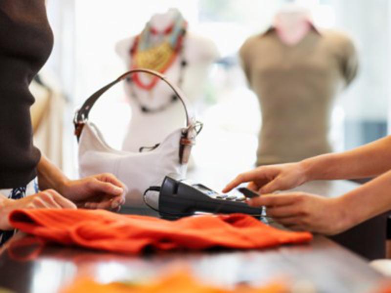Pesquisa da Faciap sobre vendas no dia das Mães mostra que o varejo paranaense se recupera, mas lentamente