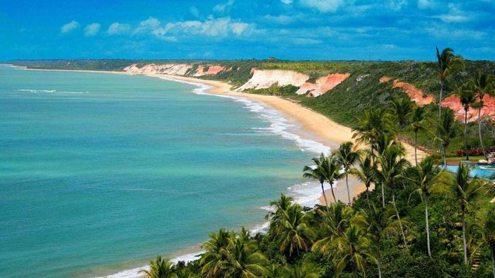 Conheça o paraíso natural que é Arraial D'Ajuda
